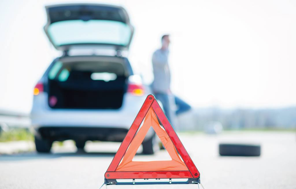 5 Common Roadside Emergencies in Summer & How to Handle Them Mississauga Kia